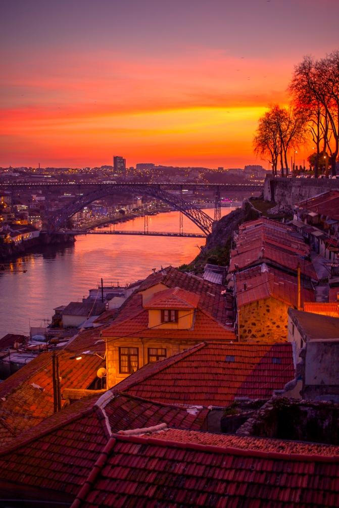 zachód słońca nad Porto